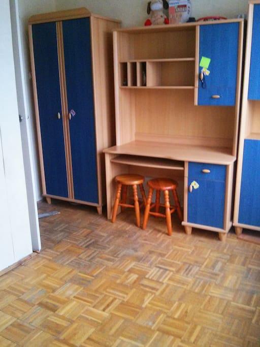 Small room 2