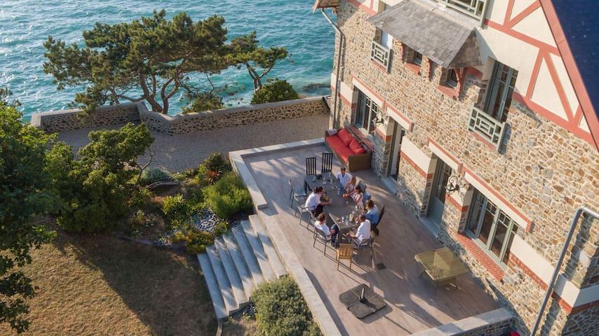 Les Roches Grises Villa face mer