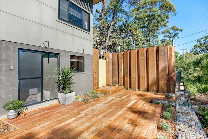 Katoomba Studio 4 - Stunning 2 Storey Apartment
