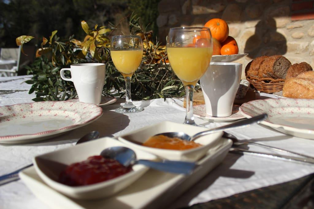 Desayunos en el porche
