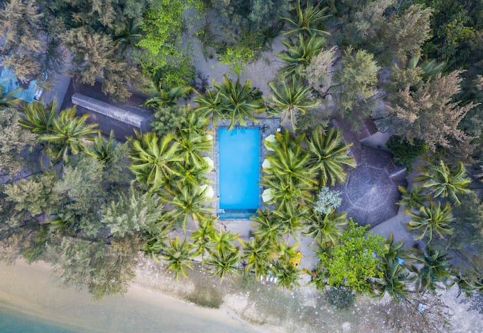 Tam Hai barefoot luxe island villas