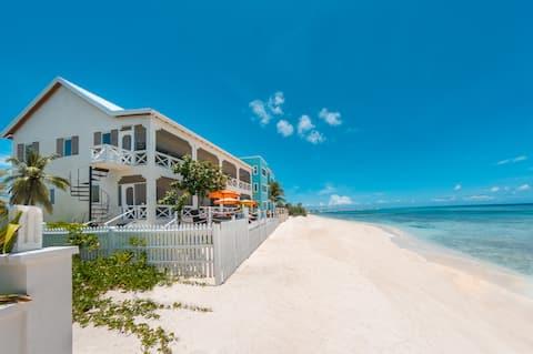 1 Bedroom Beachfront APT Suite - South
