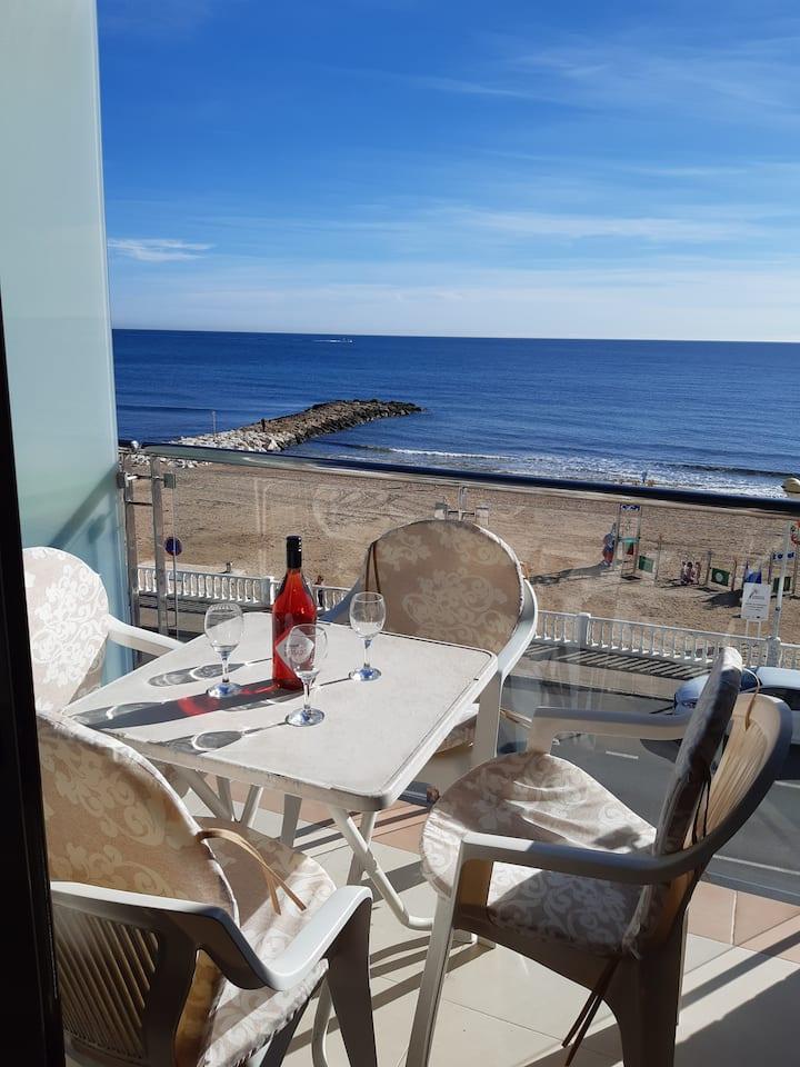 Los Locos, Orbi Playa, beach/sea view apartment 7