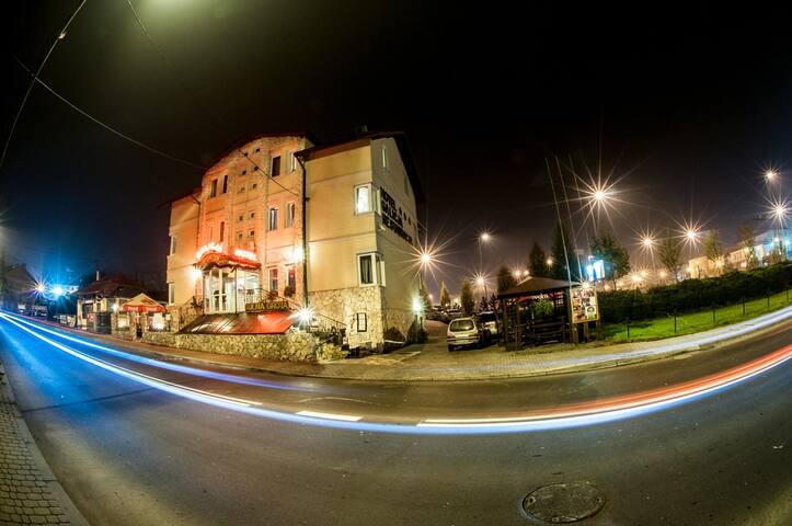 Hotel Galicja - Twoje urokliwe miejsce w Wieliczce
