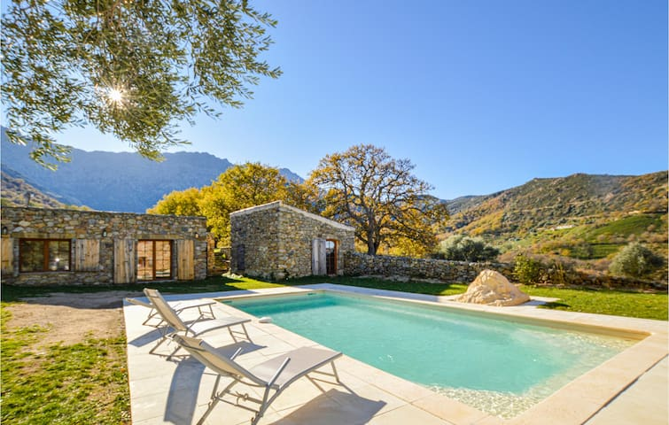 Stunning home in Feliceto with Outdoor swimming pool, Sauna and 3 Bedrooms