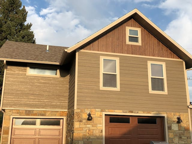 Black Hills, SD rental - great location in Sturgis