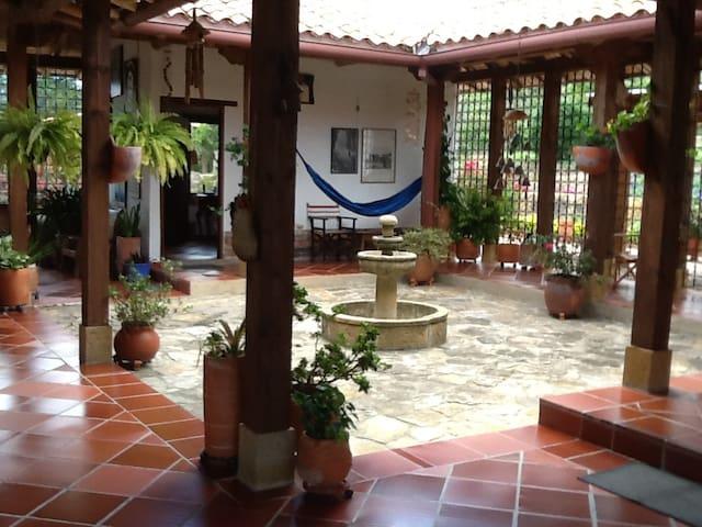 Cantapájaros - Villa de Leyva - Huis