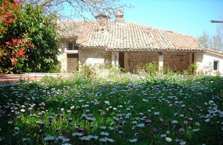 """Paradiso House P1 -""""Casa di Checco"""" - Seppio - Casa de camp"""