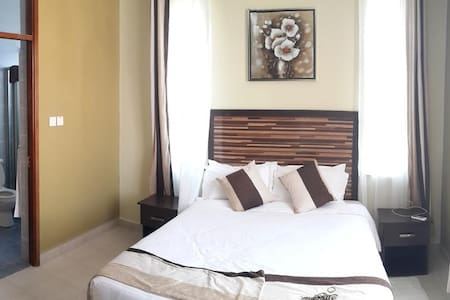 Mombasa 2 bedroom short term and long term holiday - Mombasa