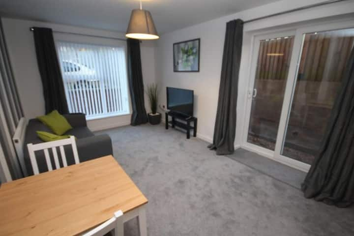 Cosy Apartment In Coventry Near The Train Station