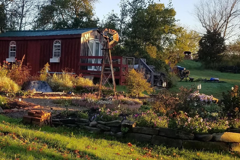 Bella Luna Alpaca Farm Cabin