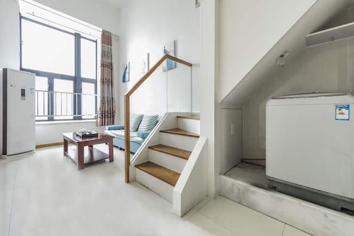 五四北泰禾公寓精致大床房