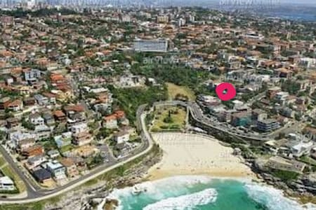 ☆ TAMARAMA BEACH PAD + PARKING ☆ - Tamarama - Huoneisto