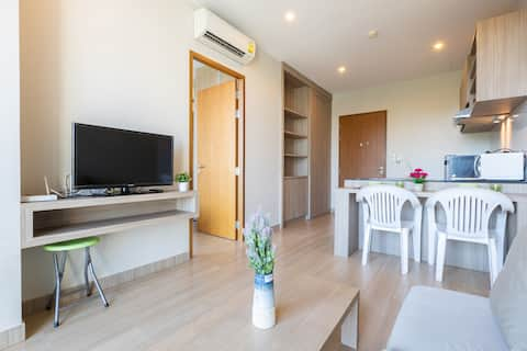 Nice & Modern room in Phuket town room # 1