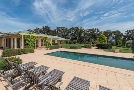 Southern Highlands Farm 100 acres - Paddys River - Casa