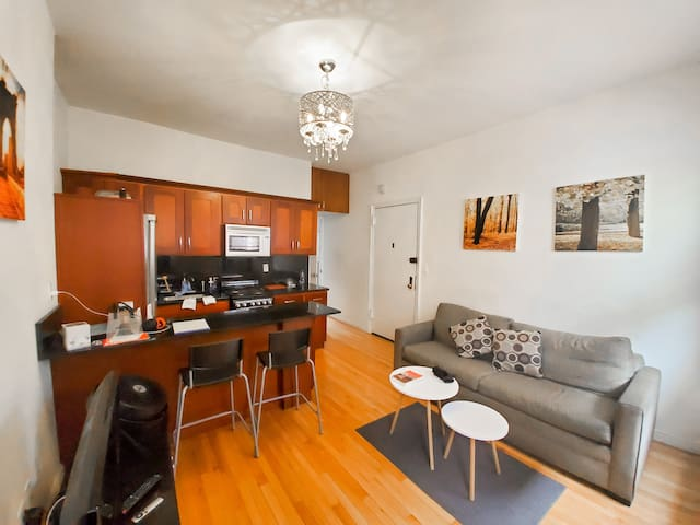 BRAND NEW 1BD / STEPS CENTRAL PARK!