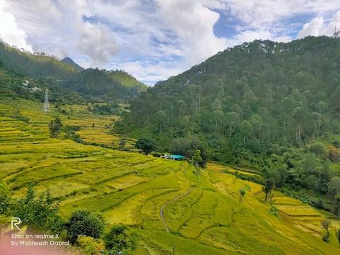 MohBnB Kanatal | Natural views | beautiful clouds