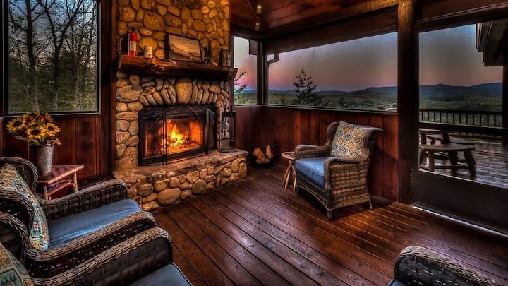 Amazing Grace- Panoramic Views | Hot Tub | Outdoor Fireplace | Screened Porch