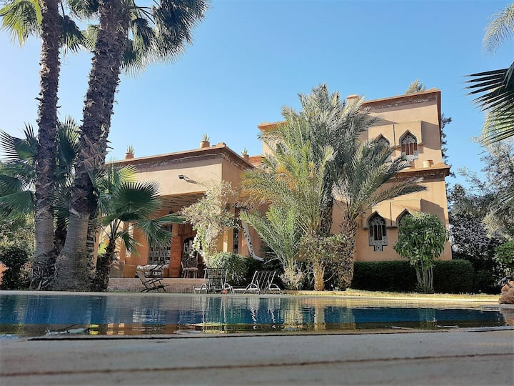 Villa Fouzia Golf Amelkis Marrakesh, with pool