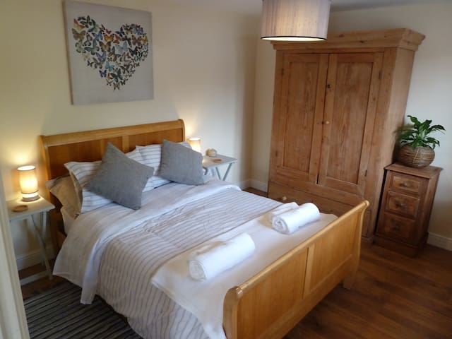 The Old Gatehouse Annex  - 1 Bedroom  Suite
