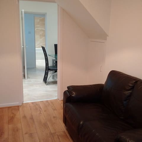 2 bed rural retreat, 15 mins drive to City Centre - Lisburn - House