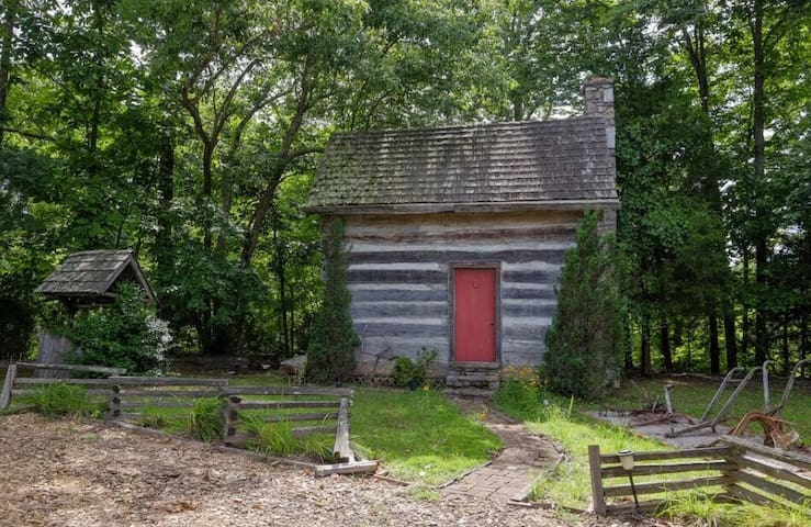 Civil War Cabin