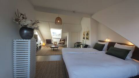 Luxury Studio Centrum Zandvoort 2 min from Beach.