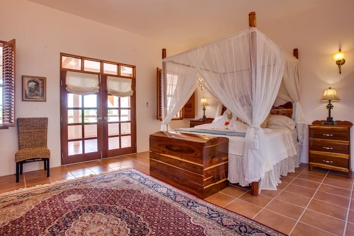 The Crimson Orchid Inn, Bridal Suite.
