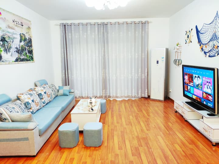 [风雅颂6两房]54寸高清大屏网络电视,3空调,两房整套出租不合住。