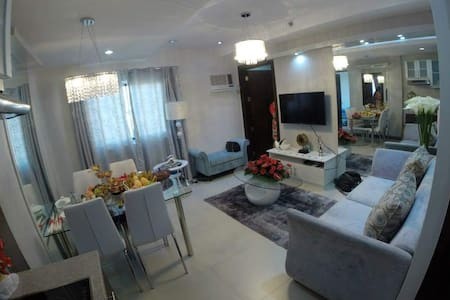 a city condo that can accommodate a big group - Mandaue City - Appartement