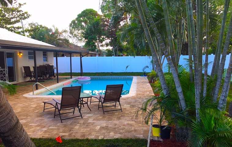 Tropical Delray Beach Home with Heated Pool