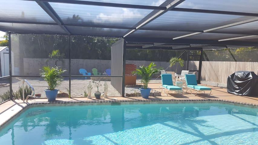 Bonita Springs Private pool home close to beach.