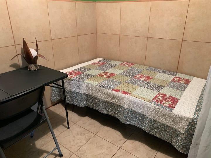 Habitación privada *Prívate Room*  A 20 min. de SJ
