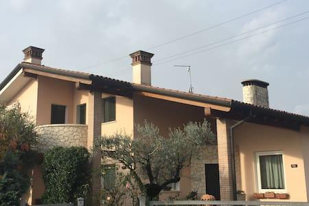 Stanza in affitto a Vicenza - Crispi Cavour