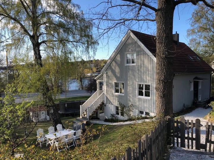 Stockholm/Lidingö - cosy, with a garden!
