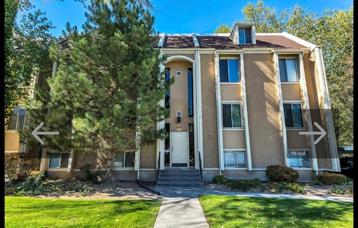 Quiet Condo 15 Minutes from SLC (no cleaning fee!)