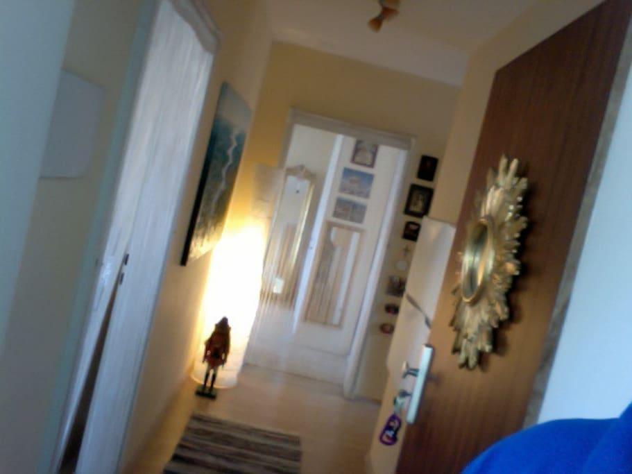 10m2 zimmer n he zentrum in ruhiger lage appartements louer munich bayern allemagne. Black Bedroom Furniture Sets. Home Design Ideas