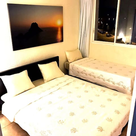 Precius Bedroom in Luxury Apartamen - Eivissa - Apartment