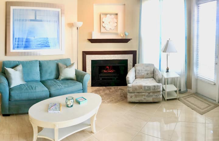 """The Dover"" resort condo with a touch of elegance"