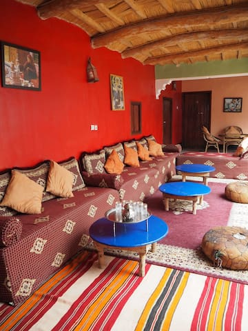 A double room in a friendly Berber homestay - Imintanoute