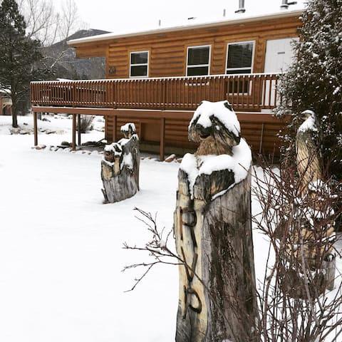 Riverview Pines - 1 Bedroom Cabin
