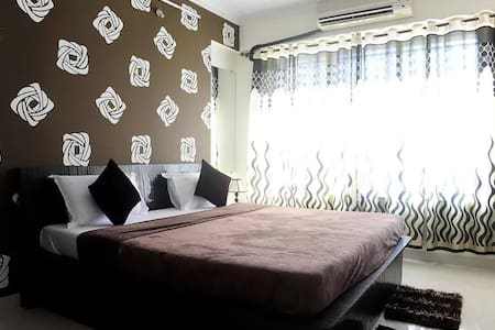 Charming Bedroom ideally located in the city - Mumbai