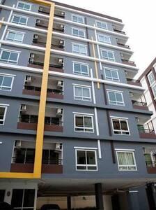 Amata Condo อมตะคอนโด - Tambon Khlong Tamru - Apartment