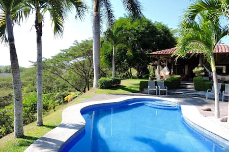 Luxury and Paradise / Casa Valle Escondido - Herradura - House