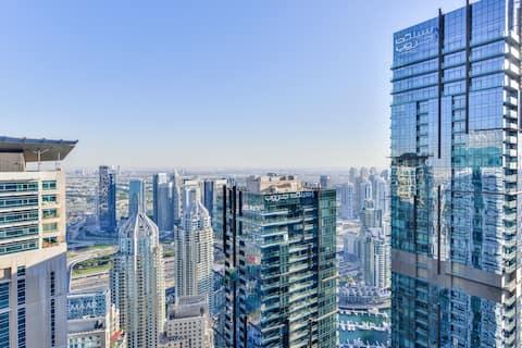 The Eyrie over the 58th Fl. Dubai Marina
