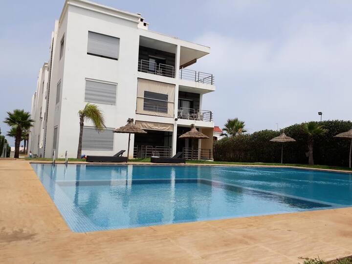 Appartement vue sur mer Dar Bouazza galets sur mer