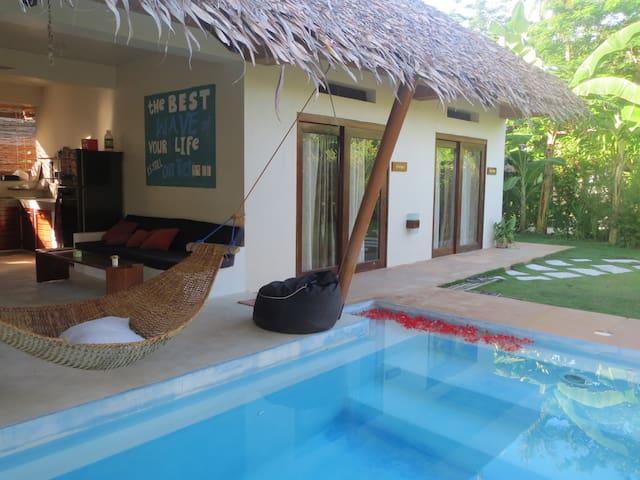 Turtle Surf Camp -  Paradise