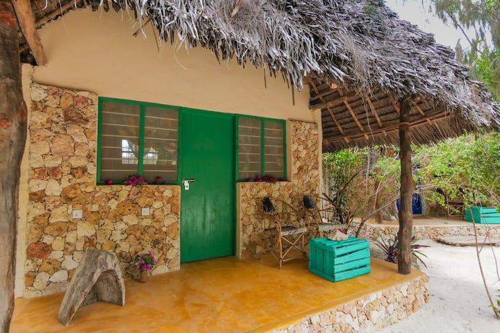 Demani Lodge: Standard Double Room Shared Bathroom