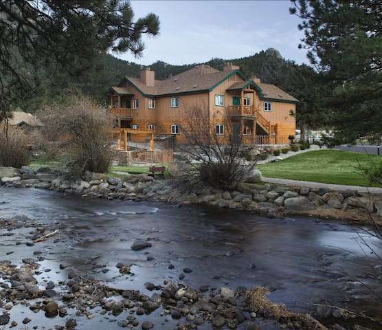 Studio #4 @WorldMark Estes Park-RMNP-no clean fee!