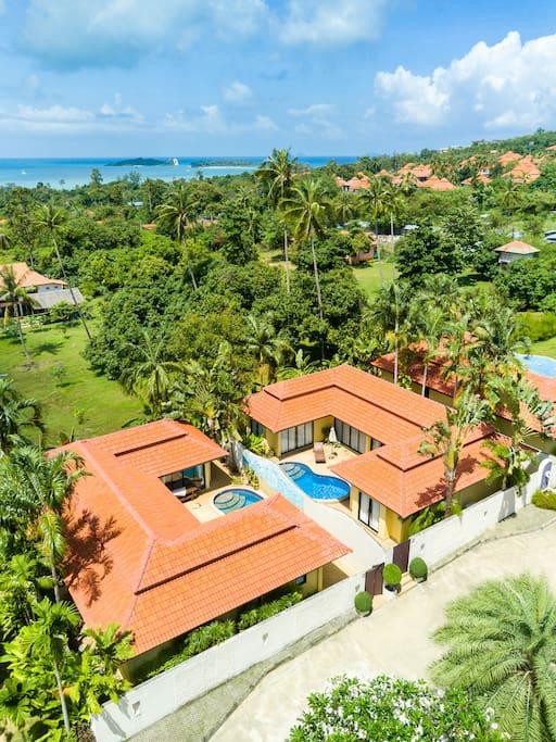 3 private villas